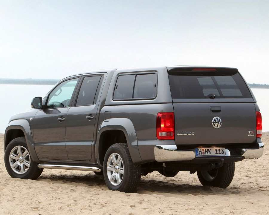 Задние фонари Volkswagen Amarok 2014-2015