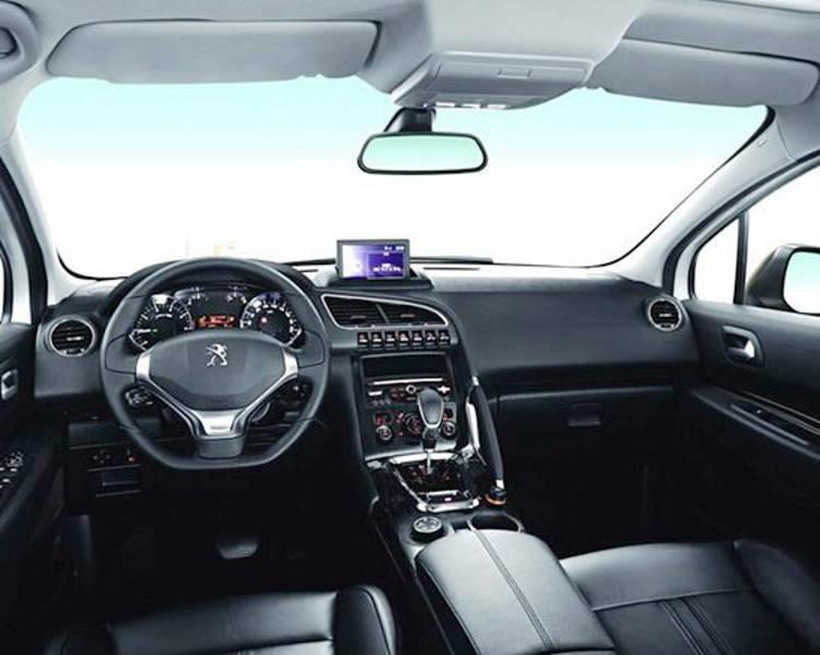 салон Peugeot 3008 2013