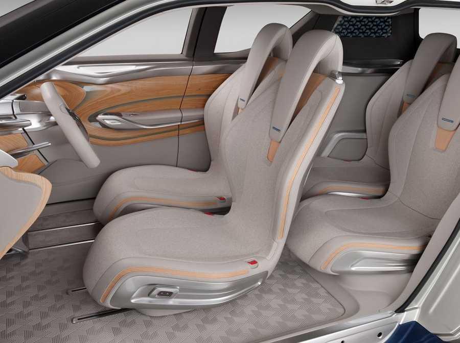 Интерьер концепта Nissan TeRRA 2012 года