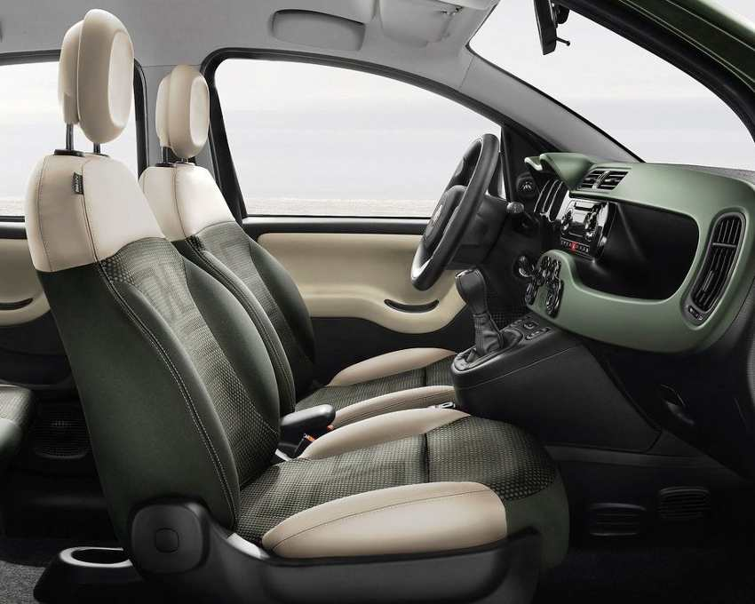 Салон Fiat Panda 4x4 2013 года