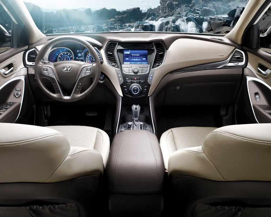 Салон Hyundai Santa Fe 2013