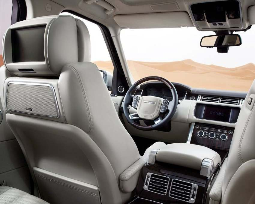 Салон Range Rover 2013 года