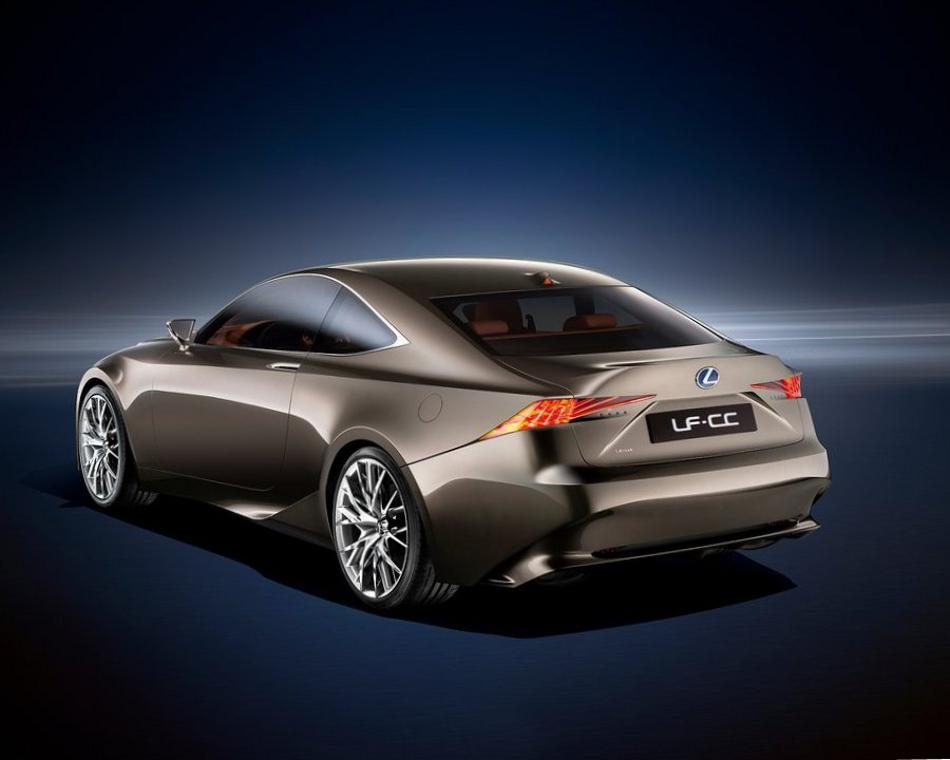 Задний бампер Lexus LF-CC 2012