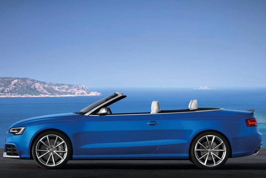 фото кабриолета Audi RS5 2014 сбоку
