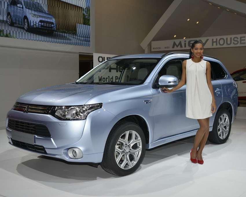 Гибридный Mitsubishi Outlander PHEV