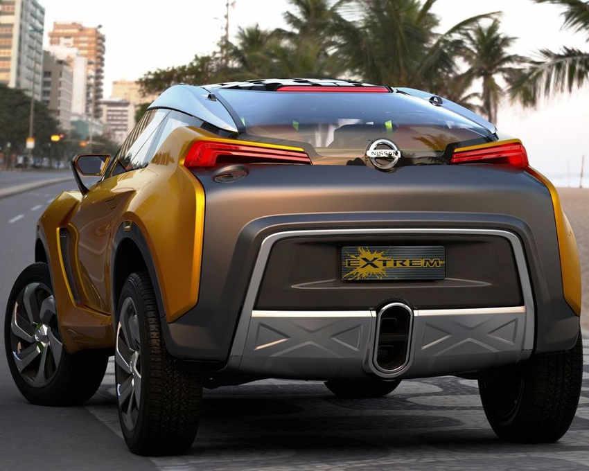 Задняя часть Nissan Extrem 2012