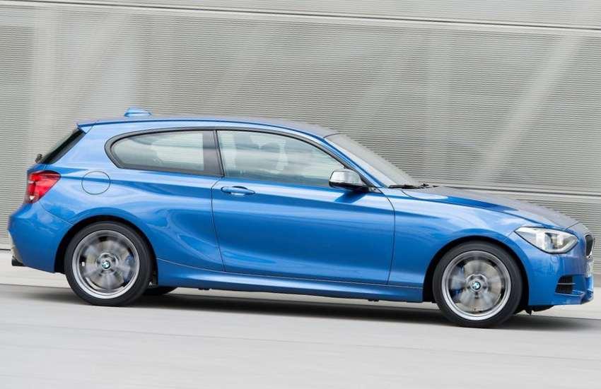 фото BMW M135i xDrive 2013 сбоку