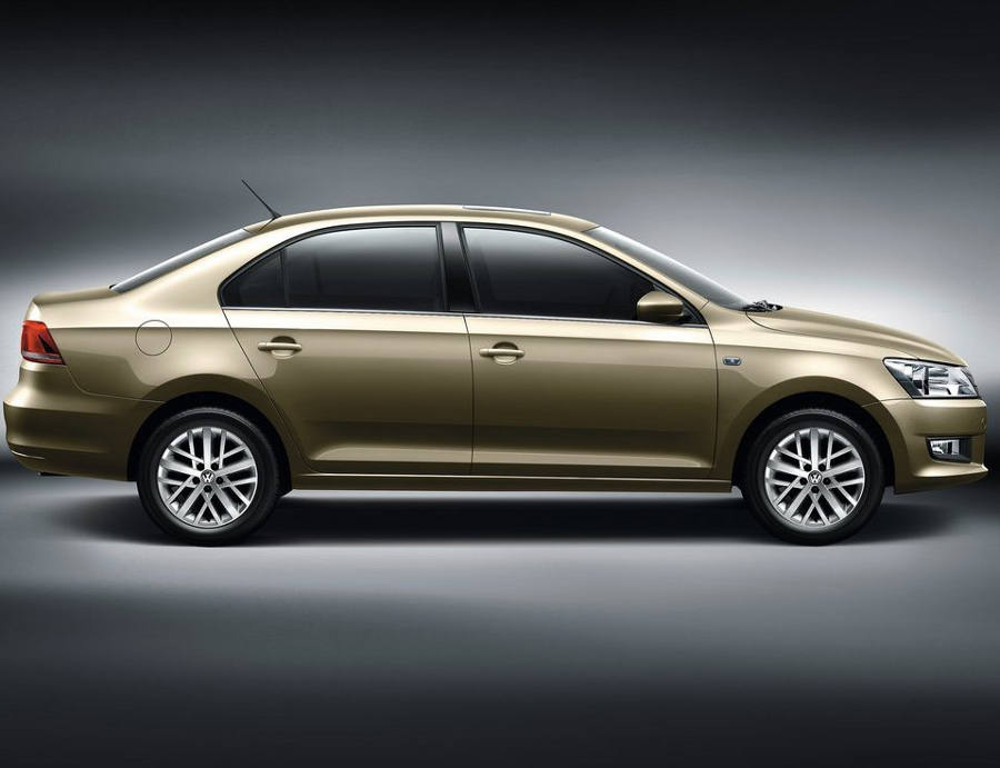 фото Volkswagen Santana 2013 сбоку