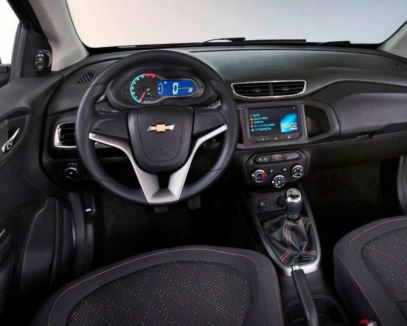салон Chevrolet Onix 2013 года