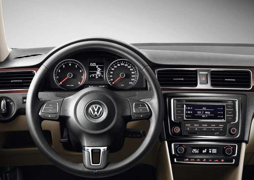 салон новой VW Santana 2013