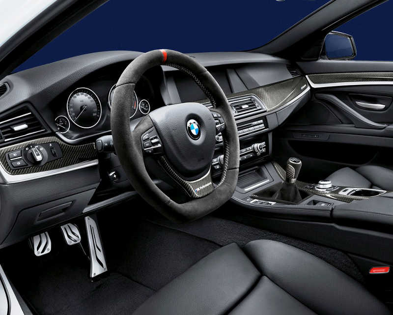 Салон BMW 3-Series Touring 2013 от M Performance