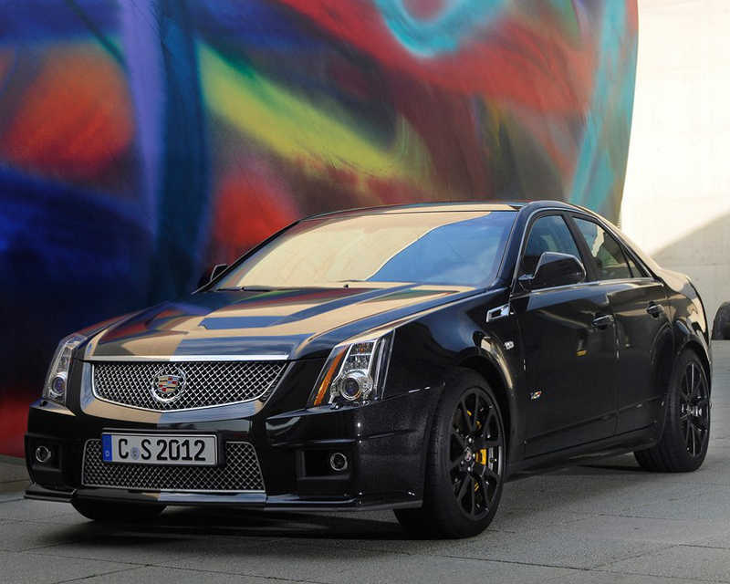 Седан Cadillac CTS-V 2012