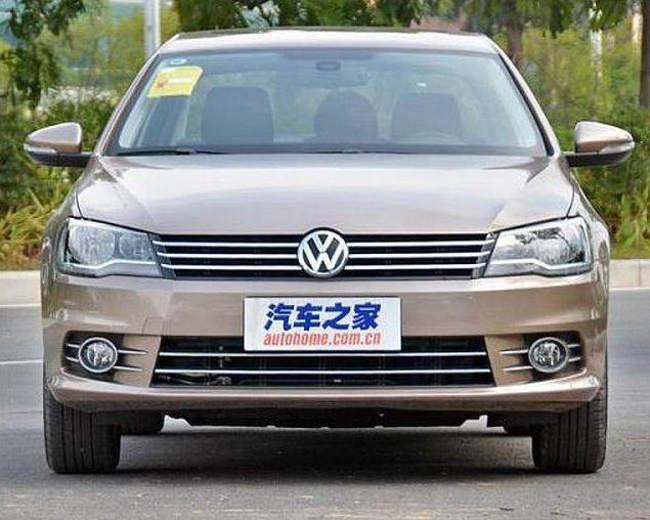 фары и бампер Volkswagen Bora 2013