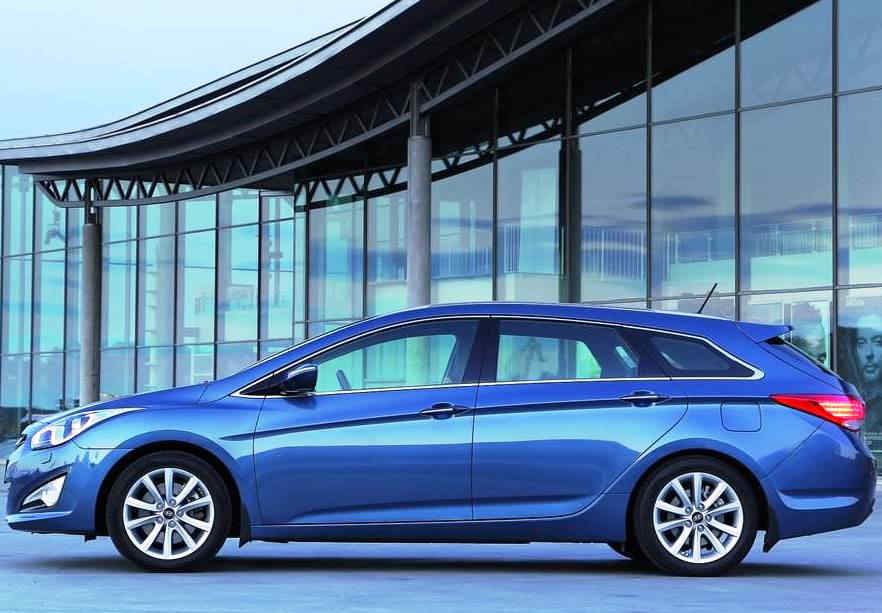 фото Hyundai i40 Универсал 2012 сбоку