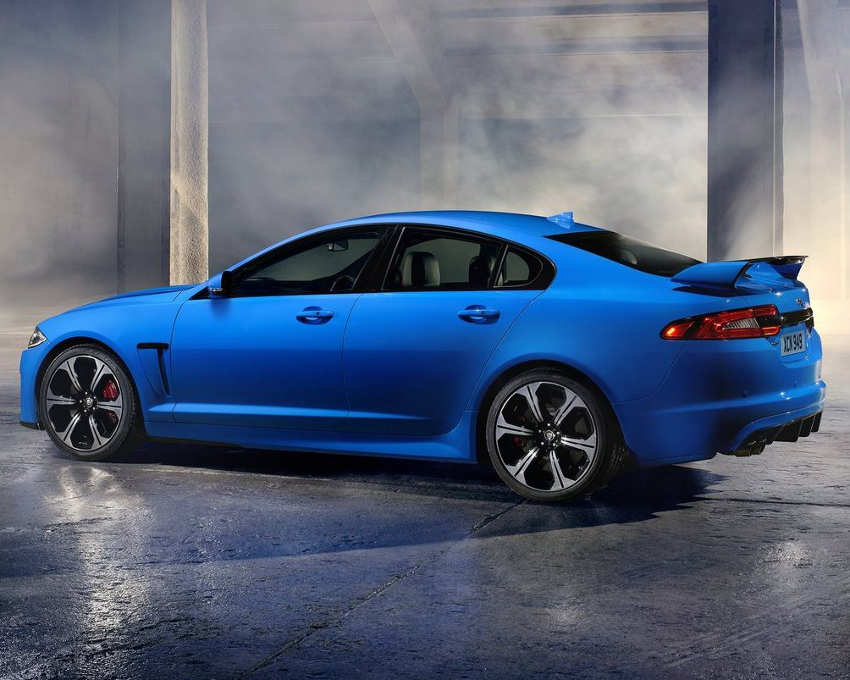 фото Jaguar XFR-S 2014 сбоку