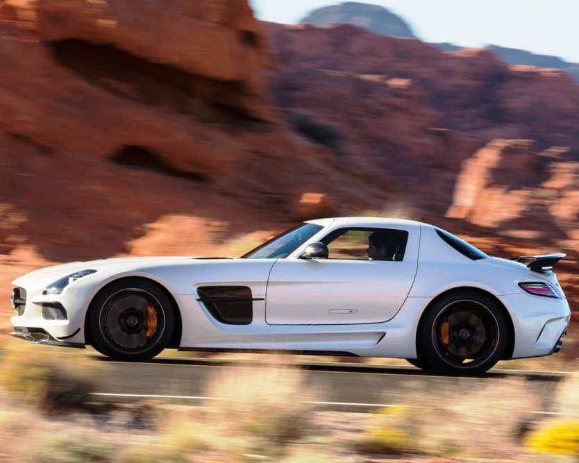 фото Mercedes-Benz SLS AMG Black Series 2014 сбоку