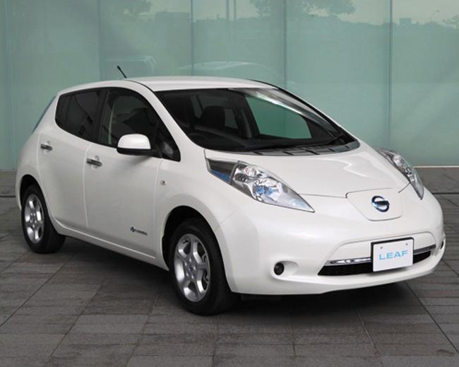 фото Nissan Leaf 2013