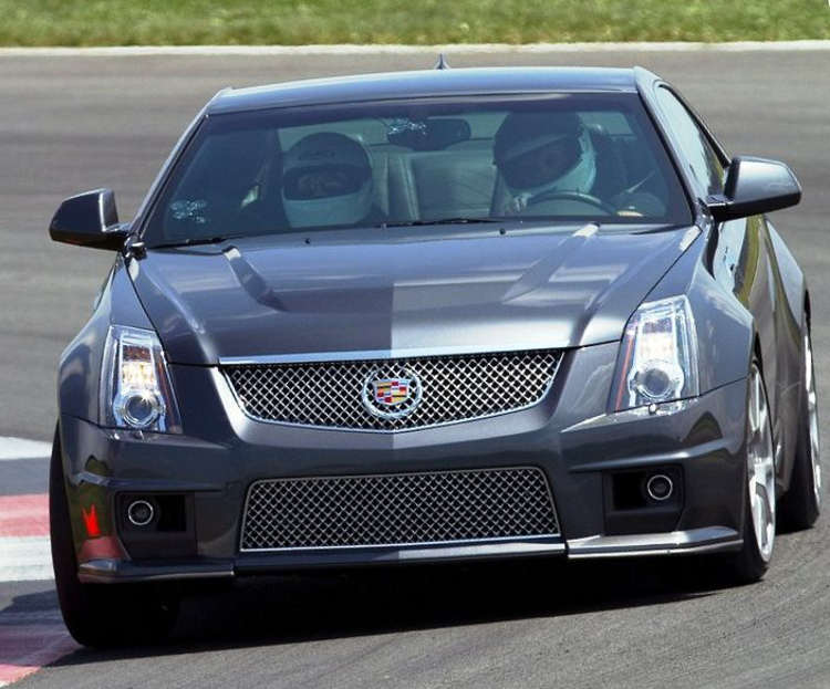 купе Cadillac CTS-V 2012