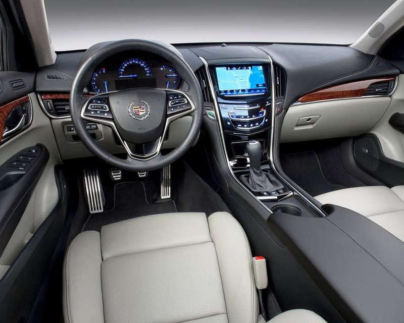 салон Cadillac ATS 2013