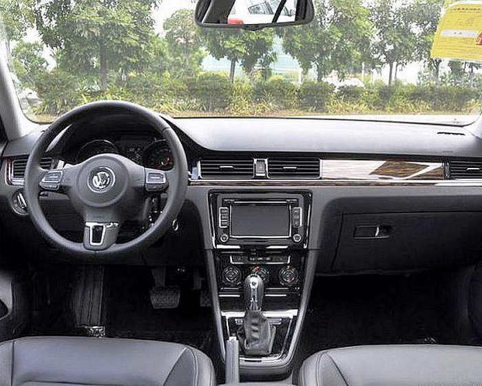 салон Volkswagen Bora 2013 года