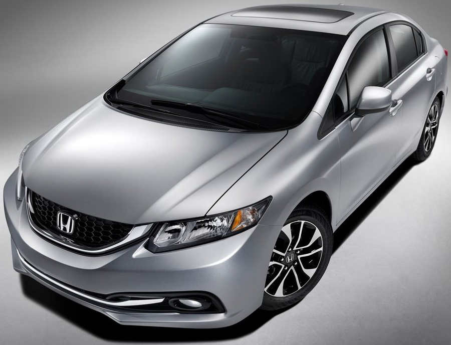 седан Honda Civic 2013 года
