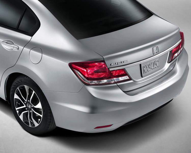 задние фонари Honda Civic 2013 года