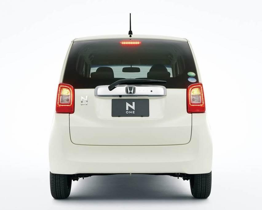 задние фонари Honda N-One 2013