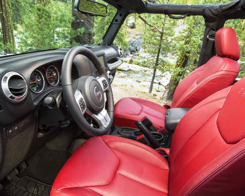 Салон Jeep Wrangler Rubicon 10th Anniversary Edition