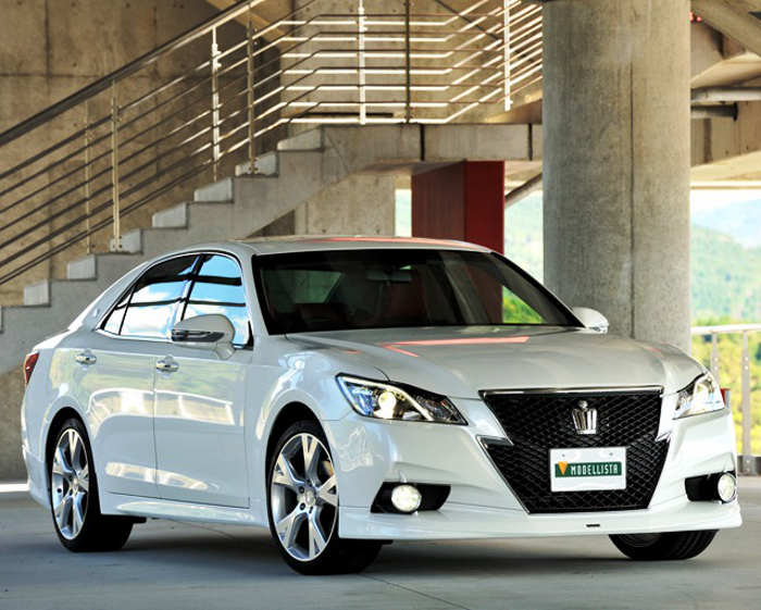 Тюнинг Toyota Crown 2013