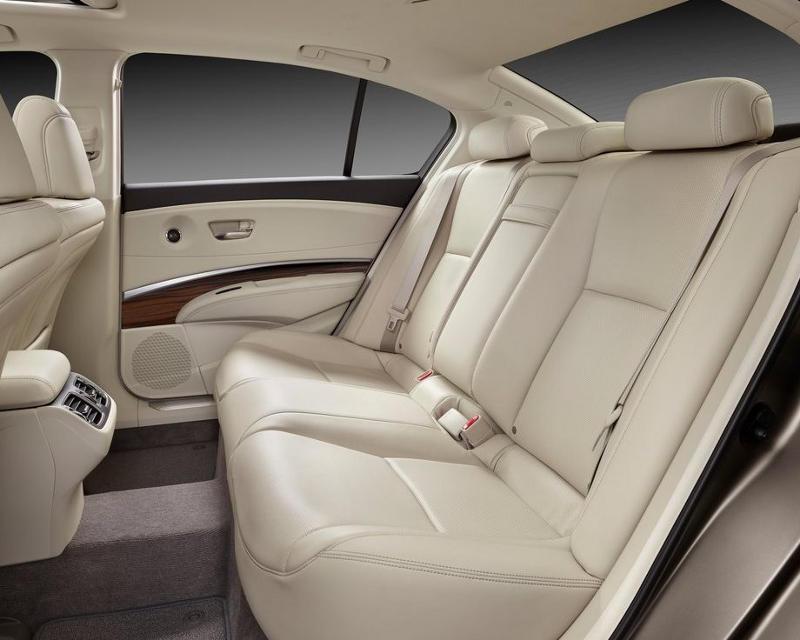 интерьер Acura RLX 2014 года