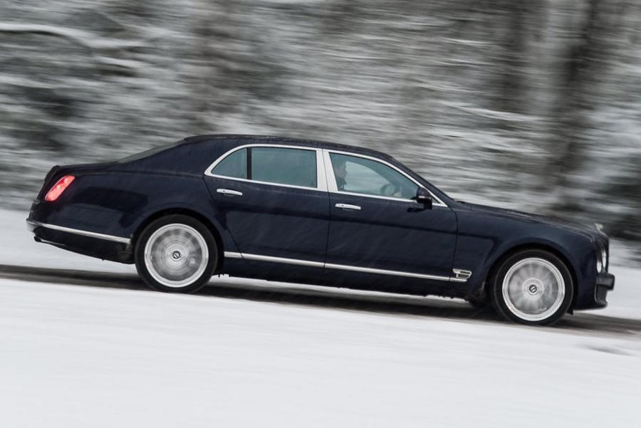 фото Bentley Mulsanne 2014 сбоку