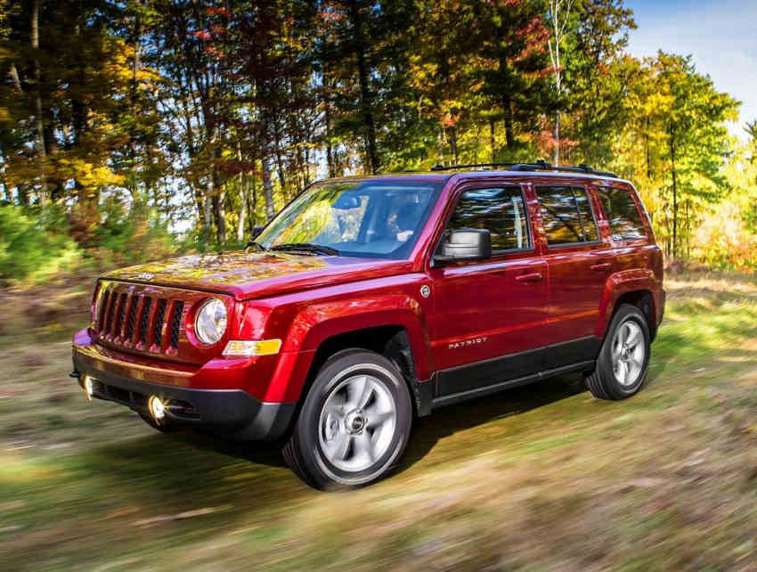 фото Jeep Patriot 2014 сбоку