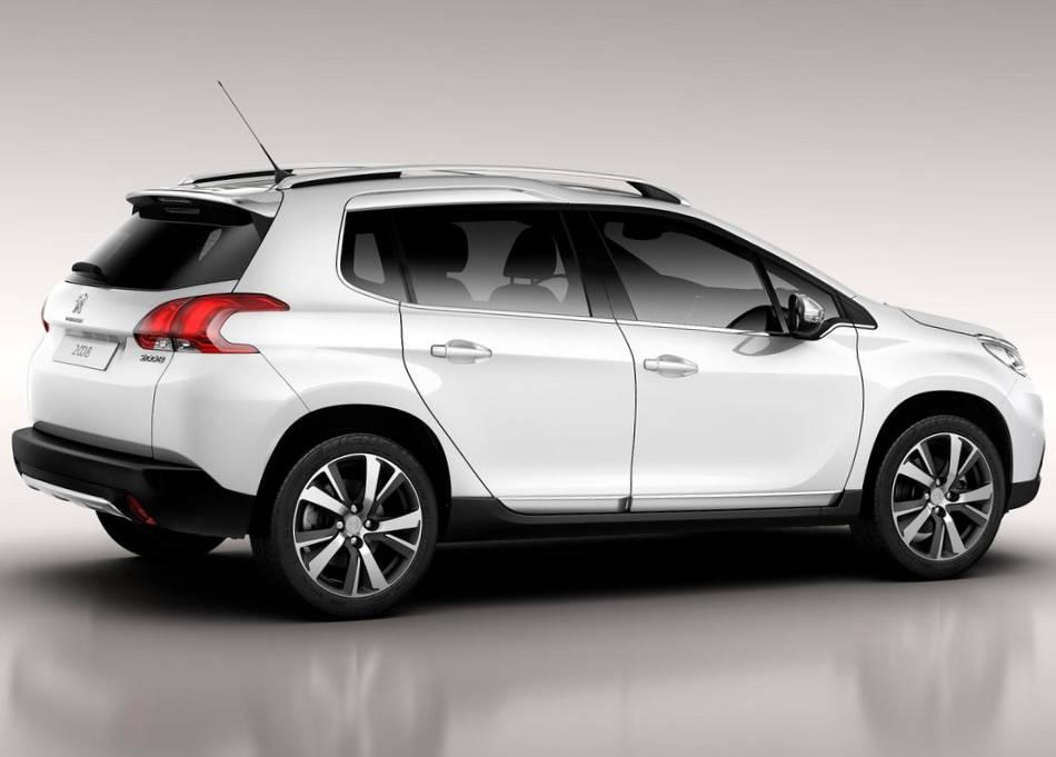 фото Peugeot 2008 2014 сбоку