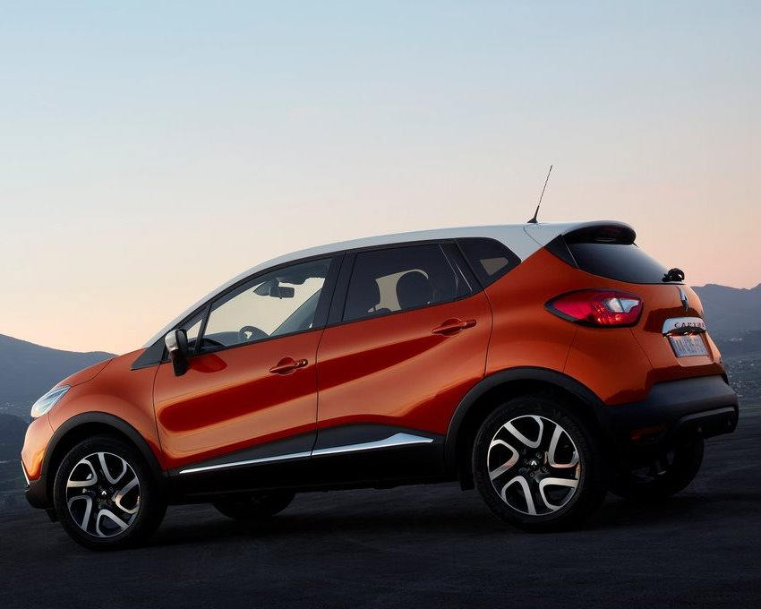 фото Renault Captur 2014 сбоку