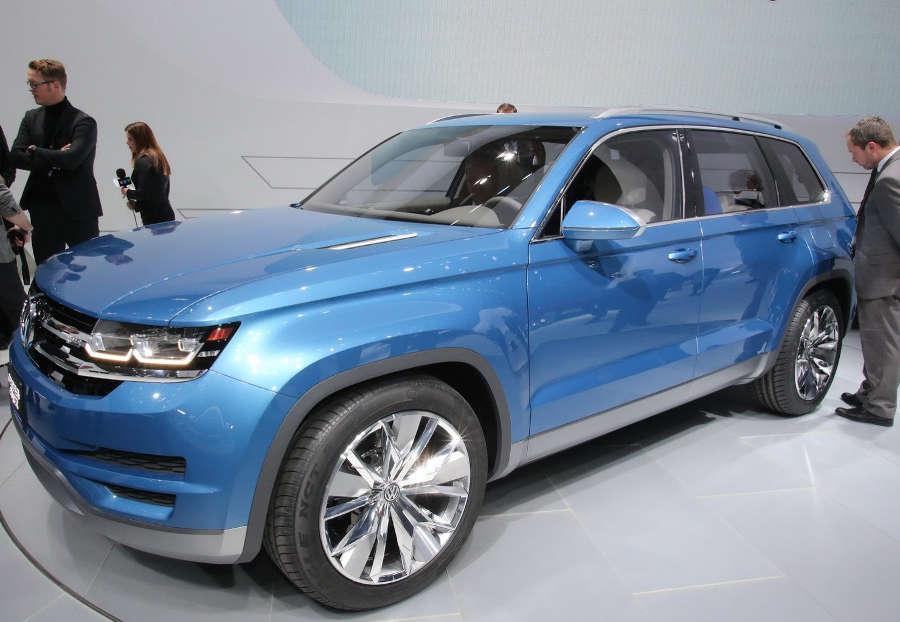 фото Volkswagen CrossBlue Concept сбоку
