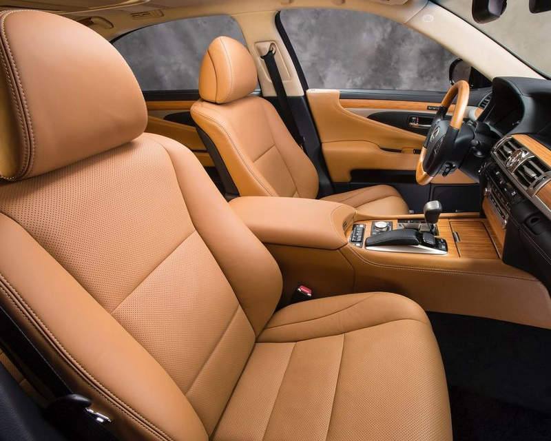 интерьер Lexus LS 600h 2013 года