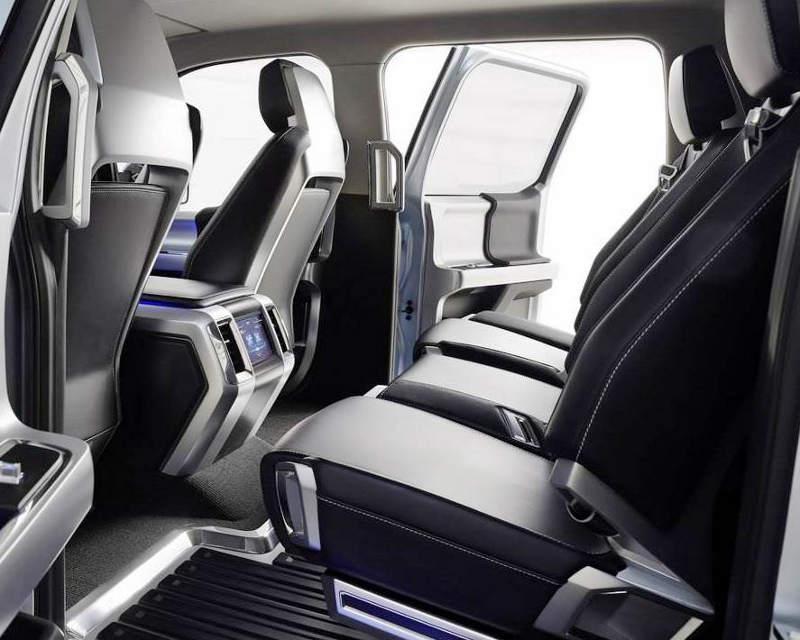 интерьер концепта Ford Atlas 2013