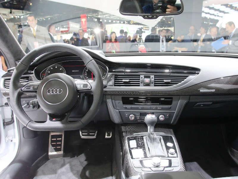 салон Audi RS7 Sportback 2014