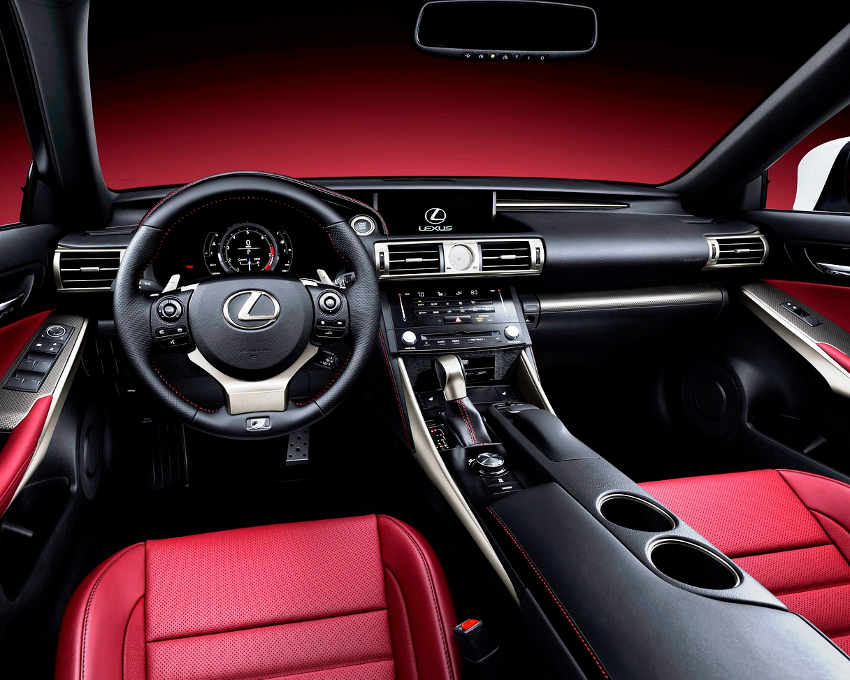 салон Lexus IS 2014