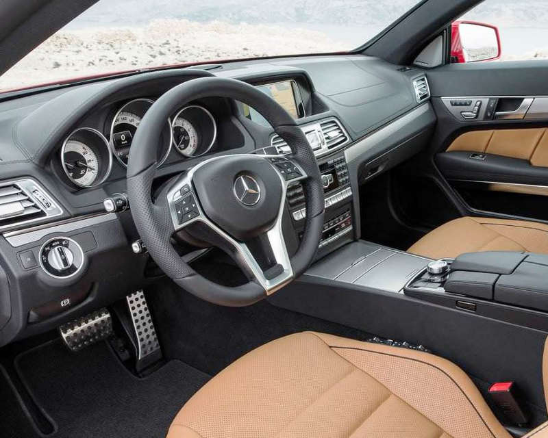 салон Mercedes E-Class Coupe 2014
