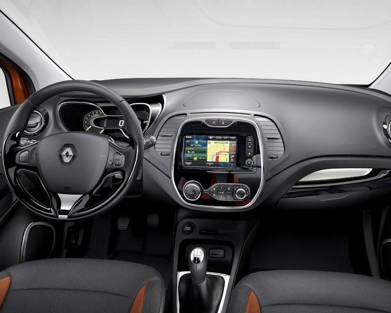 салон Renault Captur 2014