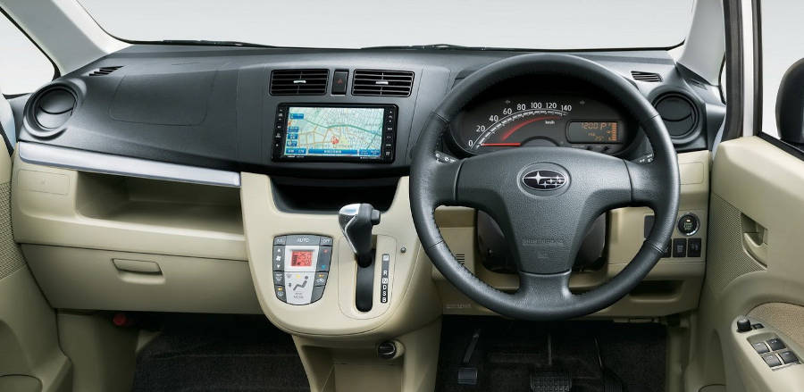 салон Subaru Stella 2013