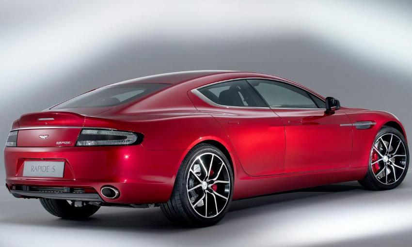 задняя часть Aston Martin Rapide S 2014