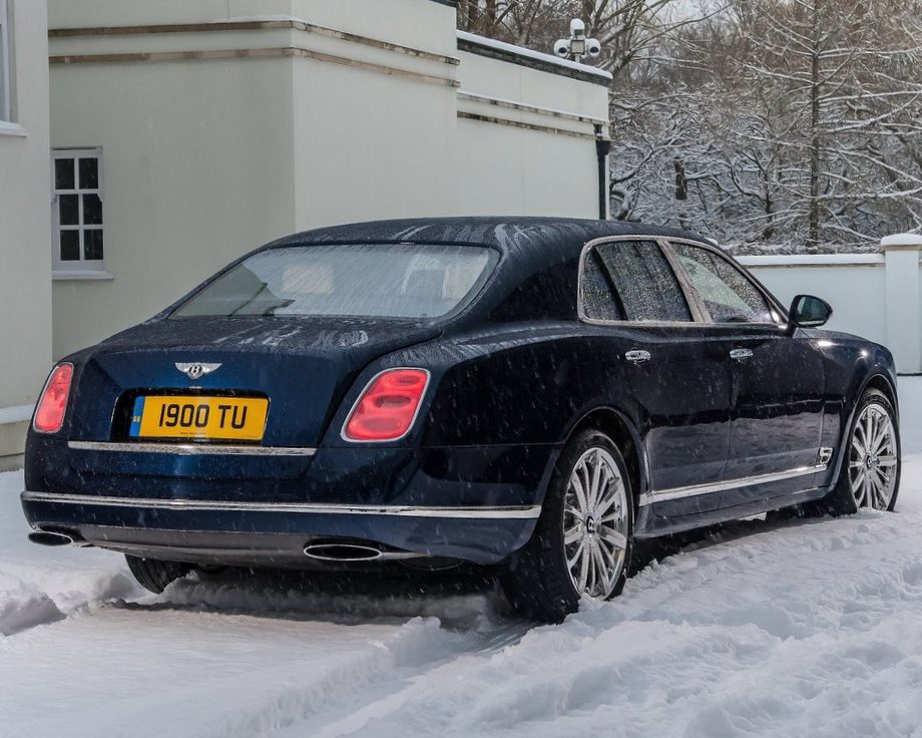 задняя часть Bentley Mulsanne 2014