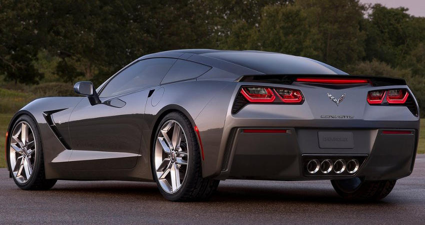 задняя часть Chevrolet Corvette C7 Stingray 2014