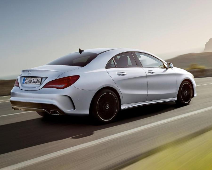 задняя часть Mercedes CLA-Class 2014