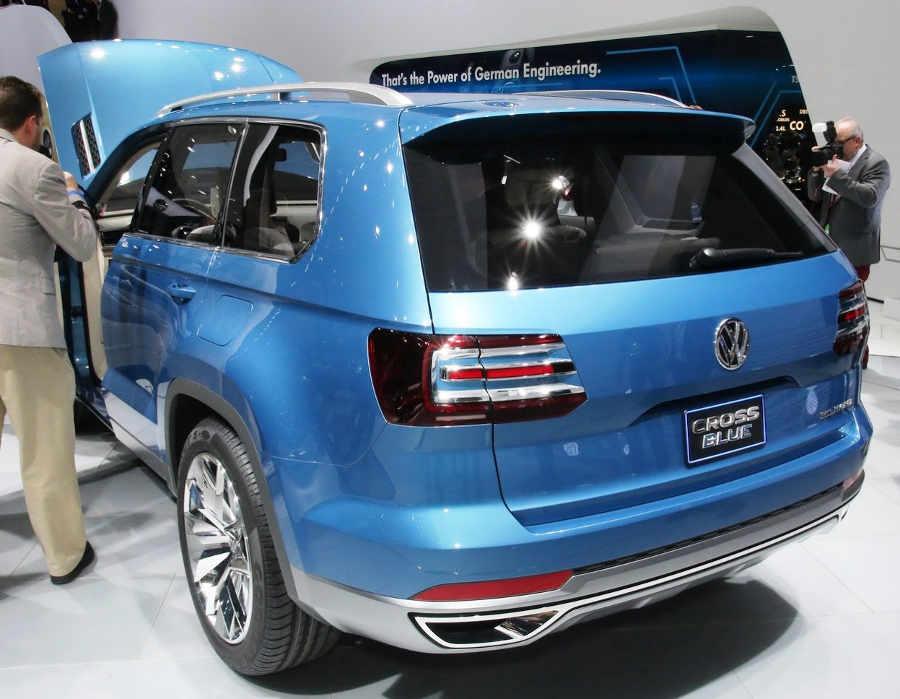 задняя часть Volkswagen CrossBlue Concept 2013