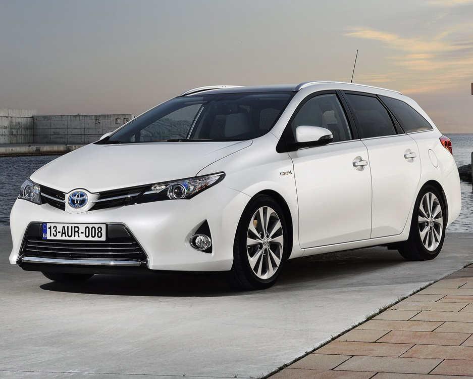 Toyota Auris Touring Sports 2014