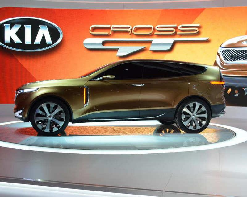 фото Kia Cross GT Concept 2013 сбоку