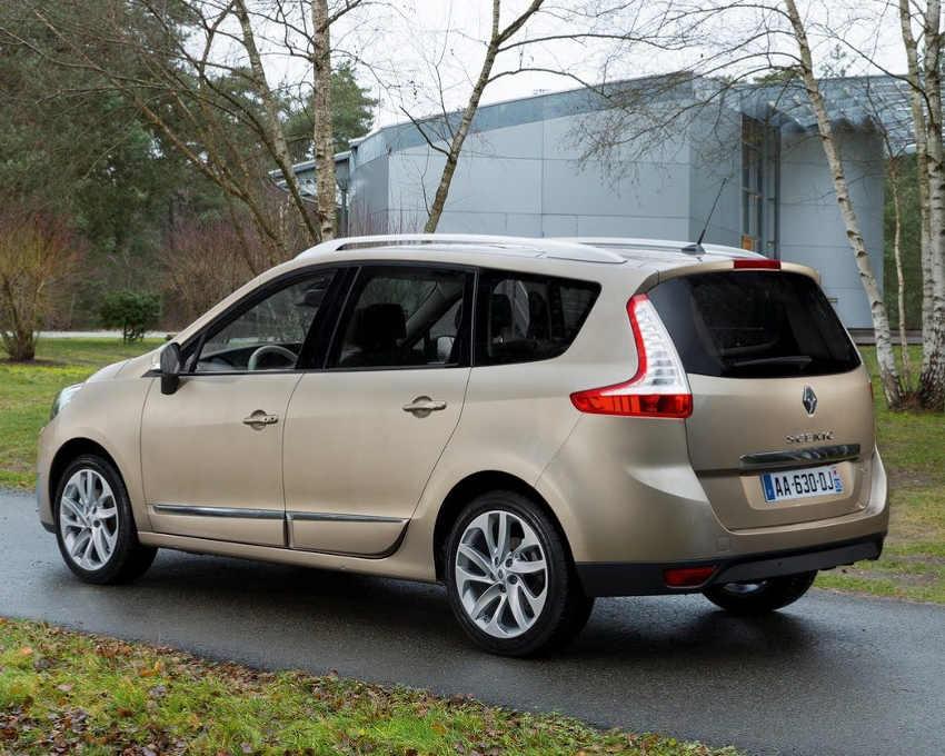 фото Renault Grand Scenic 2013 сбоку